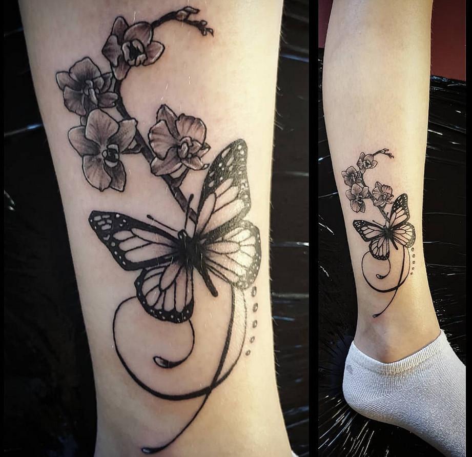 تاتو بدن پروانه برای ساق پا